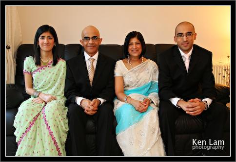 Solanki_family_bollywood_party_family_portrait